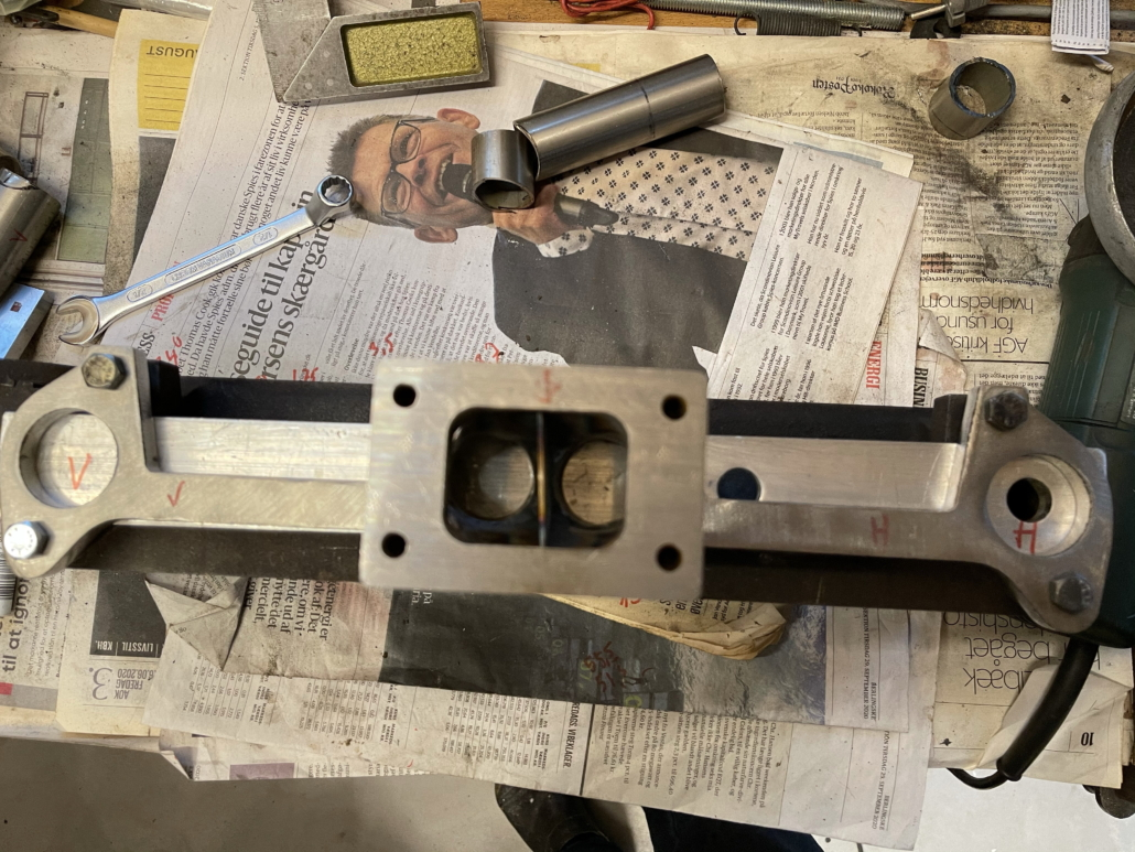 Turbo manifold MK4 flange and 2-3 shielding