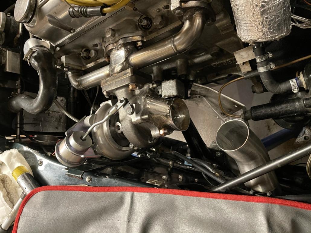 Turbo Mitsubishi missing downpipe bend