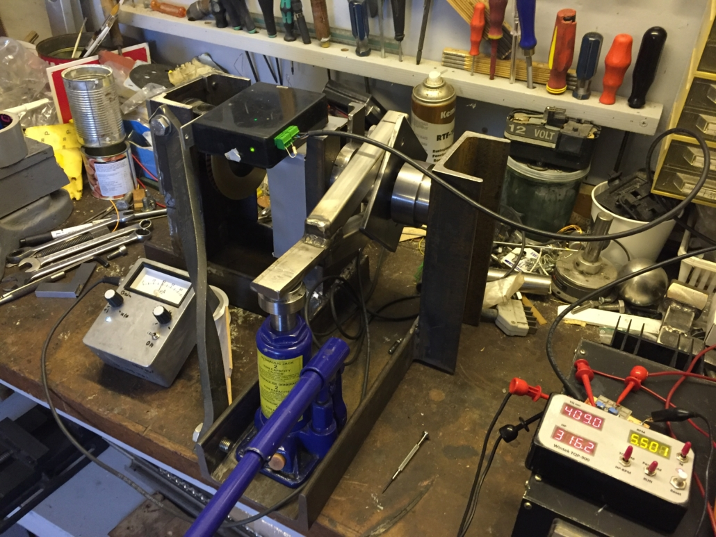Torque calibration with Jack and load cell